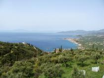 The plot is 4.017 sq.m, it is located at the south side of the village and it is very close to the main  tarmac road connecting Agios Dimitrios with Platsa.